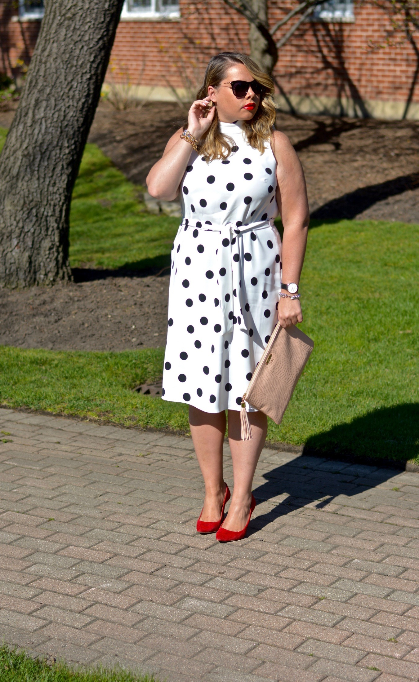 workwear-wednesday-belted-polka-dot-dress-4