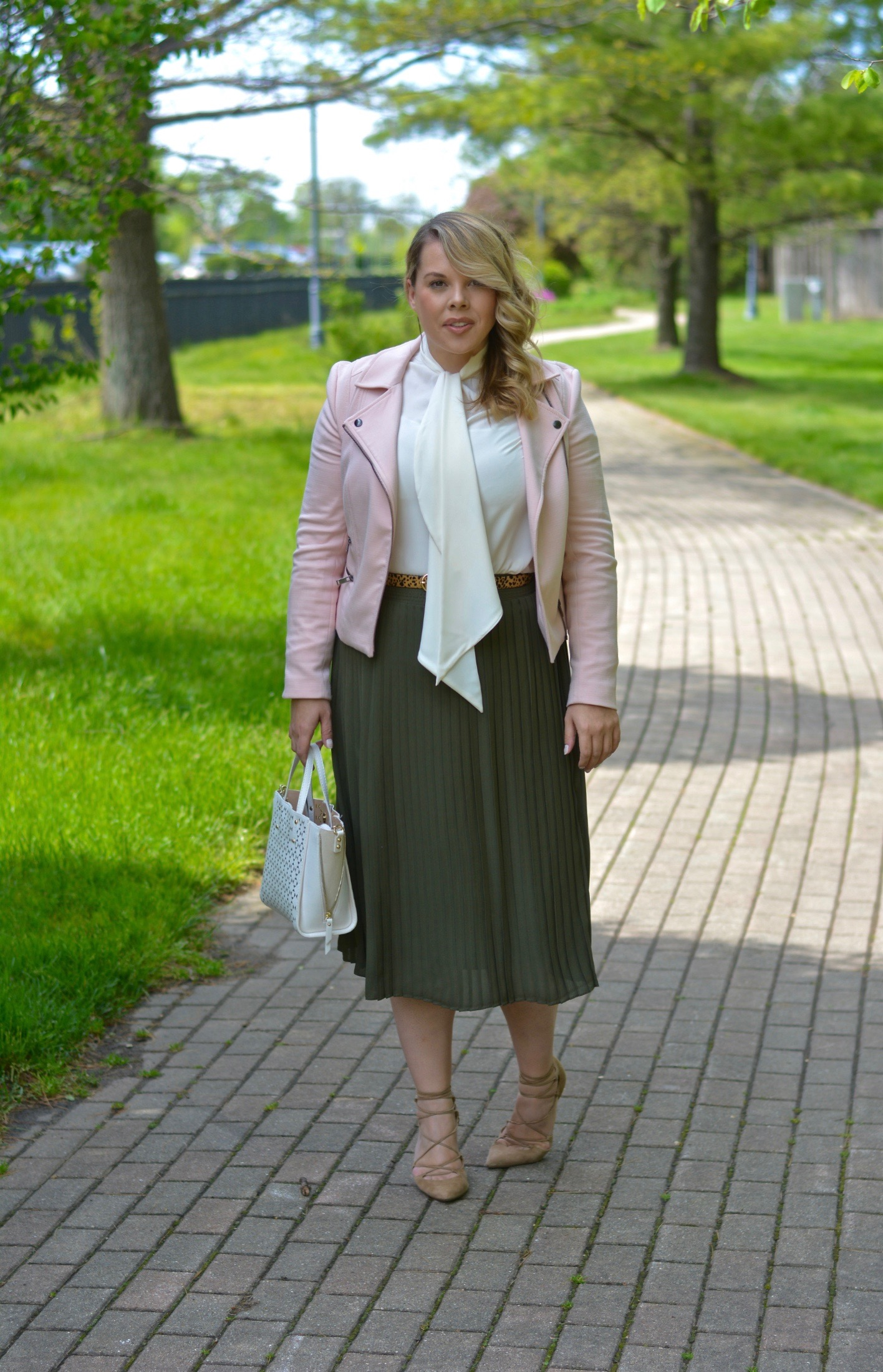 workwear-wednesday-olive-blush-2
